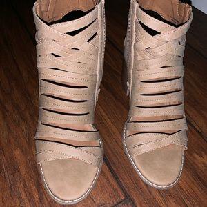 Universal Thread Open Toe Block Heels.